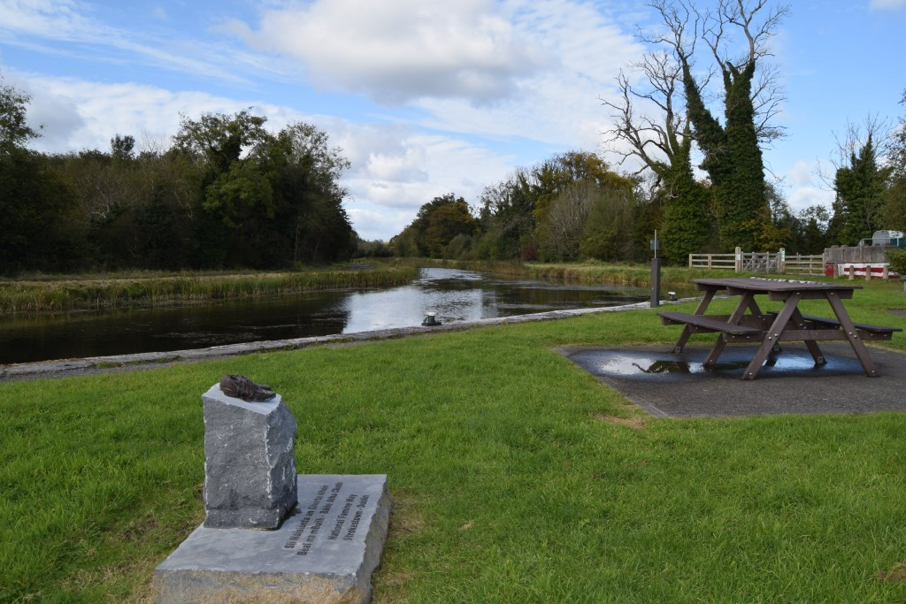 Mosstown-Harbour-on-the-Royal-Canal
